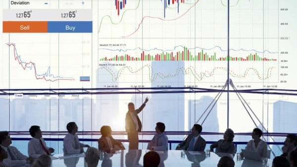 Фондовый рынок: какие акции купить в апреле 2021?